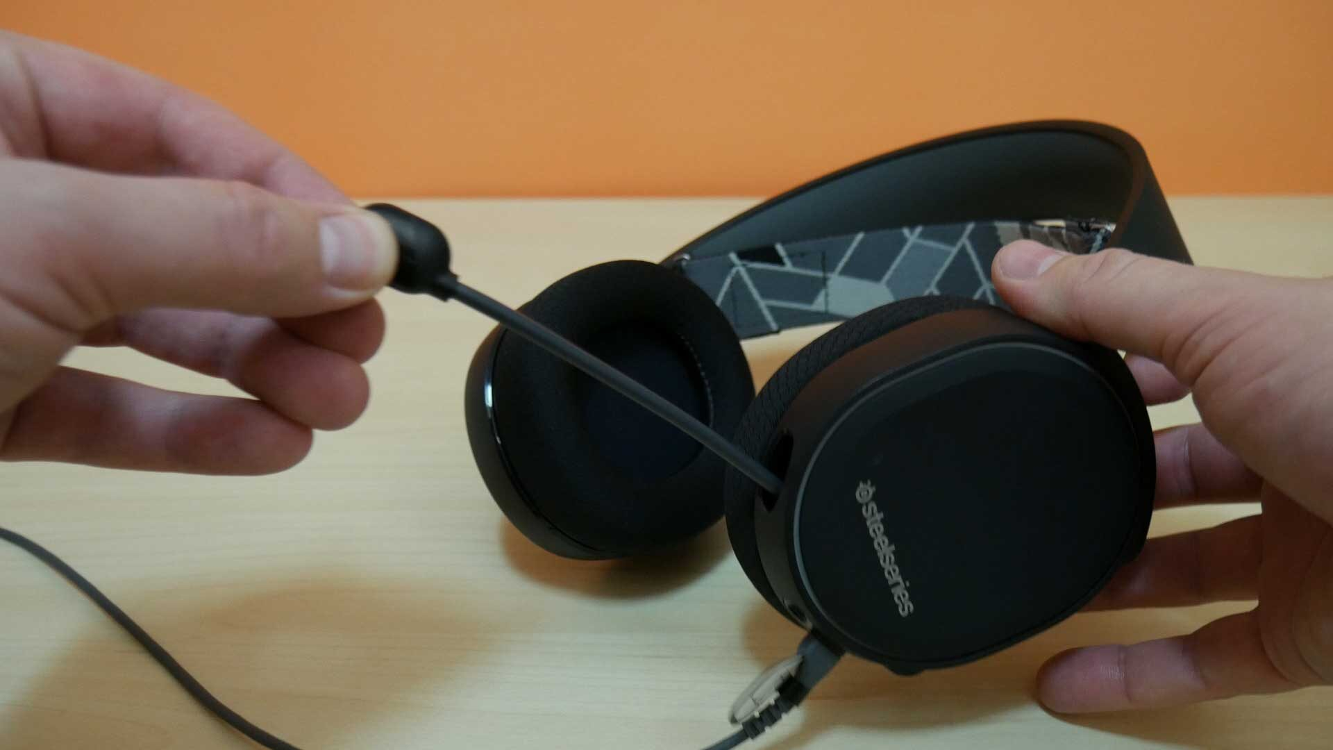Steelseries Arctis 3 headset- proprietary connector, too quiet, just...okay. 4